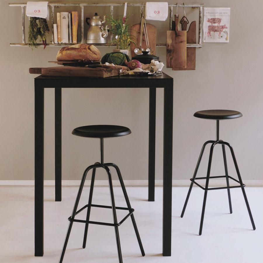Herrenberger design seat