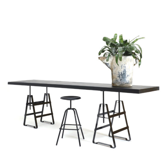 Design Thesenfitz & Wedekind A height adjustable trestle made from crude steel powder-coated in black glossy, tabletop wood black from Zascho Petkow