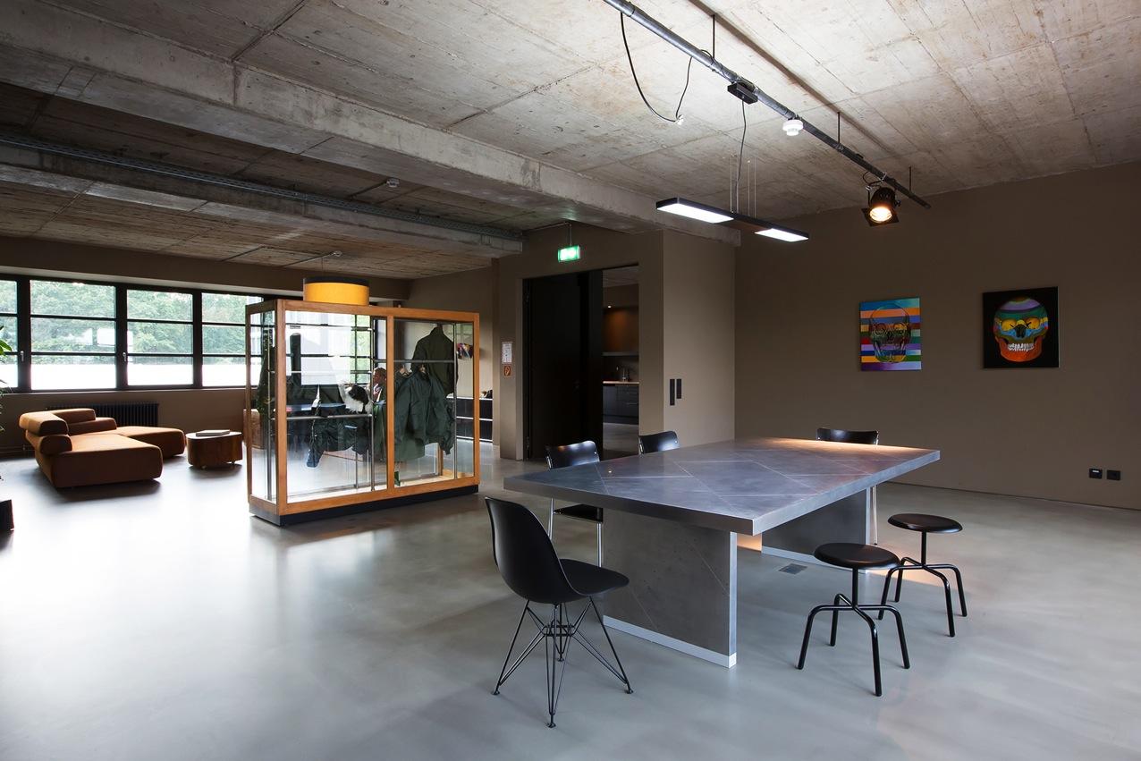 Alpha Industrie Headquarter Frankfurt, Architeckt Morgen, Herrenbergerhocker Atelier Haussmann