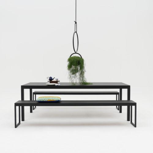 Blumenkugel Stahl schwarz Pflanze Atelier Haußmann