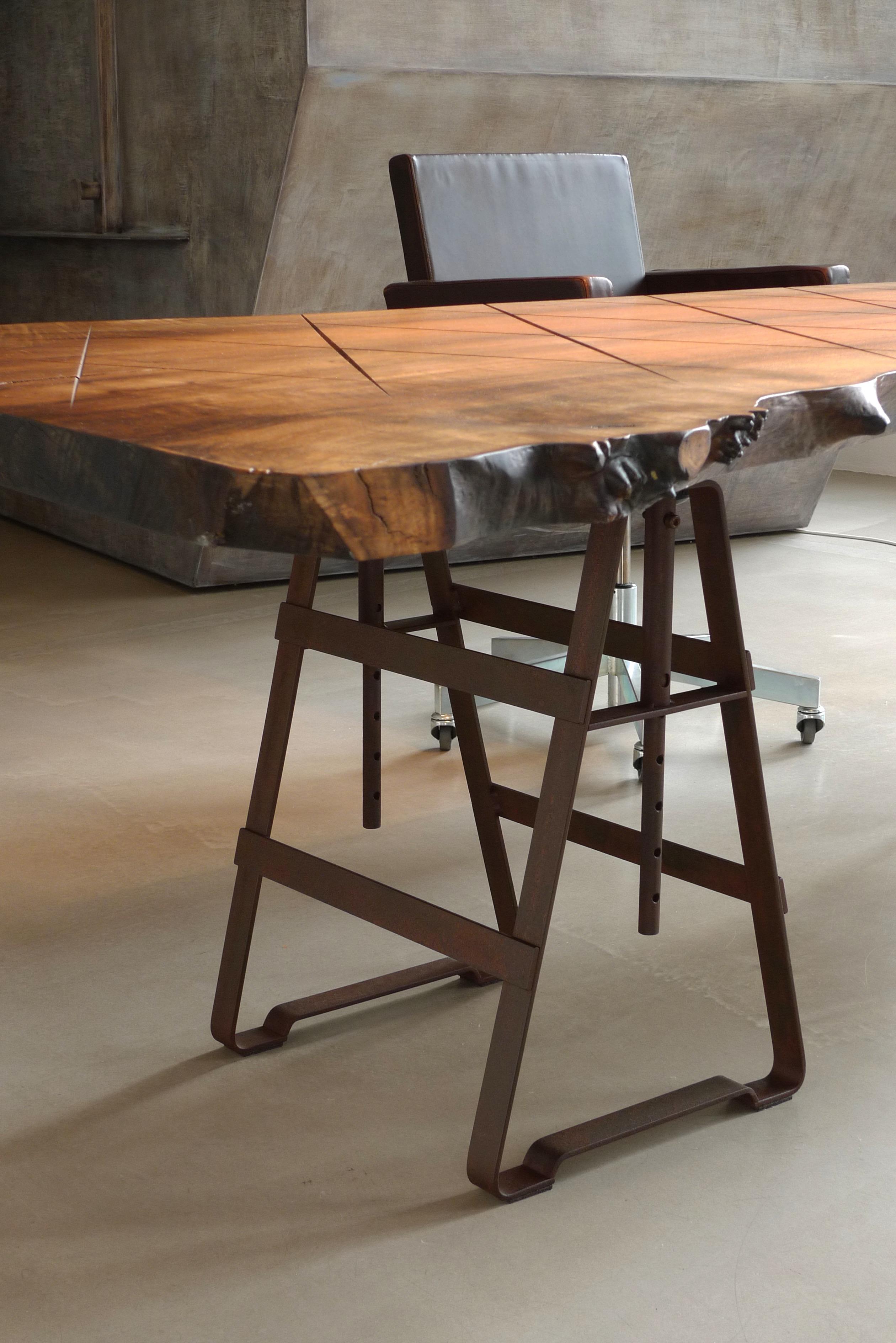 Lackaffe Rost Tischbock Tischgestell Stahl Atelier Haußmann